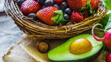 avocado berries