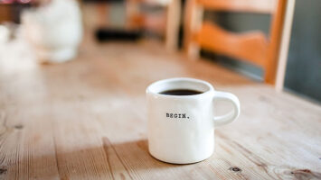 begin coffee mug
