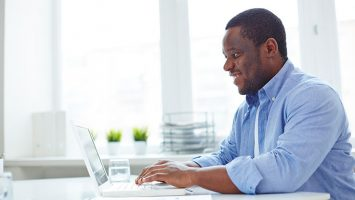 blogger laptop