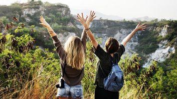 girls traveling mountain