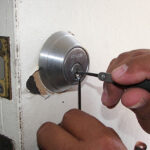 How much does a locksmith cost to unlock a house door?