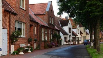 street houses brick